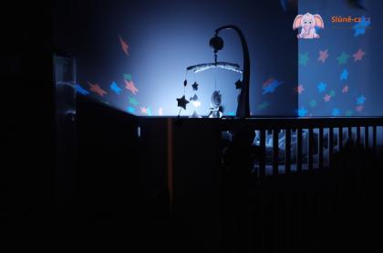Chicco noční lampička obloha - modrá nebo růžová