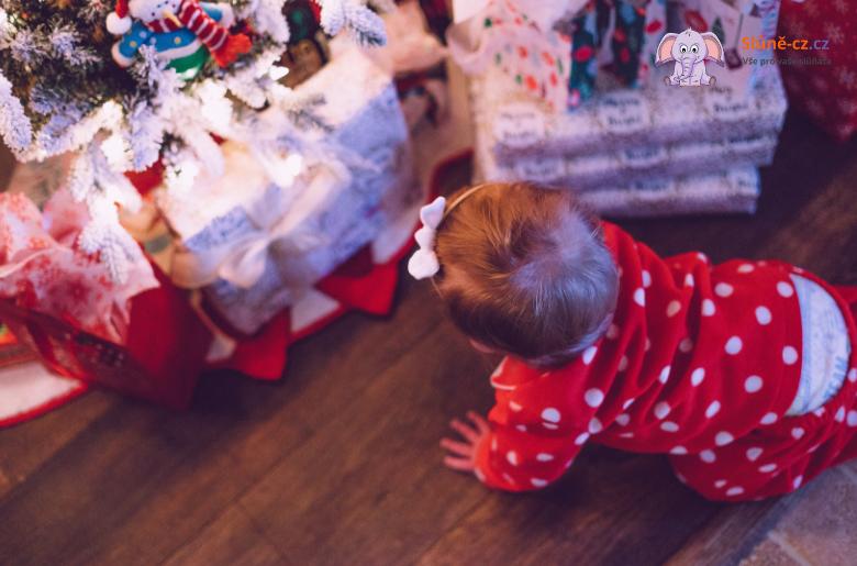 Kolik dárků dávat svým dětem?