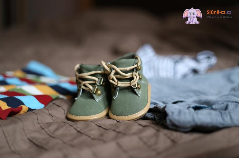 Jak jsme se učili zavazovat tkaničky  – Věk 5+