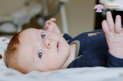 Jak naučit dítě pít něco jiného než mateřské mléko - metoda trpělivého zkoušení