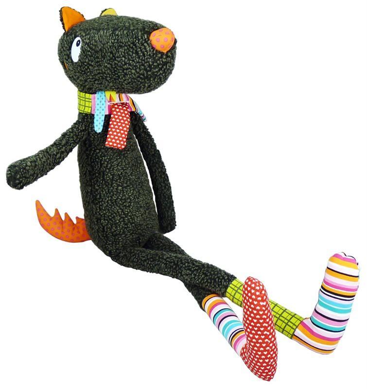 458c28713 Opravdu velký hladový vlk s pestrobarevným šátkem a ponožkami.