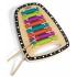 Barevný xylofon s pevnou dřevěnou základnou a dvěma dřevěnými paličkami.