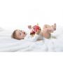 Měkká textilní hračka Tiny Love v podobě roztomilého lišáka chrastí ašustí apo natažení vibruje.
