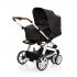 V ceně kočárku je podvozek, sportovní nástavba, hluboká korba 3 v 1, madlo před dítě, nákupní košík + SET Hazel (autosedačka + adaptéry pro připevnění ke konstrukci kočárku). TURBO 6 - Flexibilita na šesti snadno ovladatelných kolech.