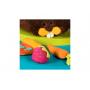 Měkký plyšový bobr je vždy při chuti. Ocení, když ho nakrmíte jeho oblíbenými pochoutkami: šusticí pizzou, cinkající jahodou nebo měkoučkou mrkví.