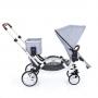 Volitelný nákupní košík Zoom přinese do každodenního rodinného života ještě více flexibility. Na nákup s dítětem v korbičce nebo později ve sportovní nástavbě vás doprovodí prostorný nákupní košík, který se na podvozek kočárku připevní pouze jedním cvaknutím.
