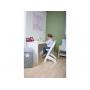 Rostoucí židlička z bukového dřeva umožňuje snadné nastavení výšky sedáku a opěrky nohou bez šroubování.