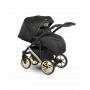 V ceně kočárku je: podvozek, hluboká korba, sportovní nástavba, nánožníky (na hlubokou korbu, na sportovní nástavbu), taška na rukojeť, pláštěnka a moskytiéra, držák nápoje a nákupní košík. Kombinovaný dětský kočárek Camarelo Maggio Eco je bezpečný, prostorný, s moderním designem v eco kůži a bohatou výbavou.