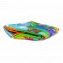 Pestrobarevná hrací deka LIONELO ANIKA s mantinelem pro nejmenší děti nabízí příjemný prostor nejen pro hraní a odpočinek, ale i pro rozvoj koordinace, pohybové aktivity a stimulaci smyslů.