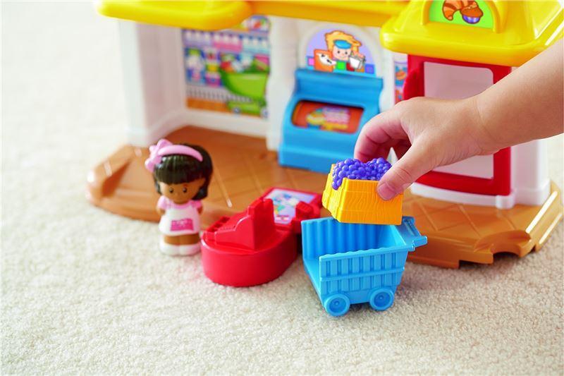 129bdc5df V obchodě z řady Little People si mohou děti vyzkoušet, jak se prodává v  obchodě