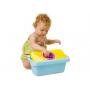 Vozítko 4v1 od Taf Toys je chodítko, vozítko a vagón s boxem na hračky. Na vozítku se může Vaše dítě povozit, může ho tlačit i použít při tréninku chození. Vozík v sobě ukrývá schránku na dětské poklady. Na rukojeti má kousátko.