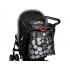 Přebalovací taška The Wild Side má vzhled elegantní kabelky. Ozdobné i funkční kovové prvky na kabelce dotváří její originální a luxusní vzhled. Součástí tašky je přebalovací podložka, termoizolační pouzdro na lahvičku a samostatná taštička na zip.