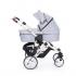 V ceně kočárku je konstrukce v tmavém nebo stříbrném provedení včetně nákupního košíku, sportovní sedačka + hluboká korba Salsa + autosedačka Maxi-Cosi CabrioFix včetně adaptérů pro připevnění na kočárek Salsa.