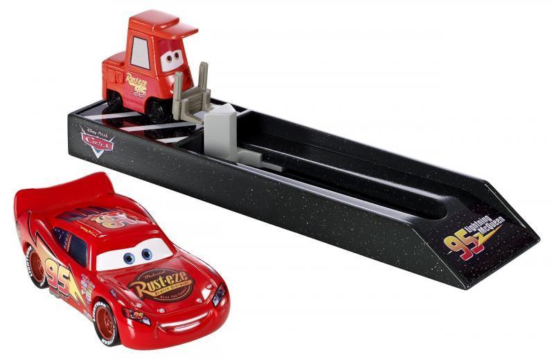 Mattel Cars Závodní vystřelovač - McQueen (čerevený)